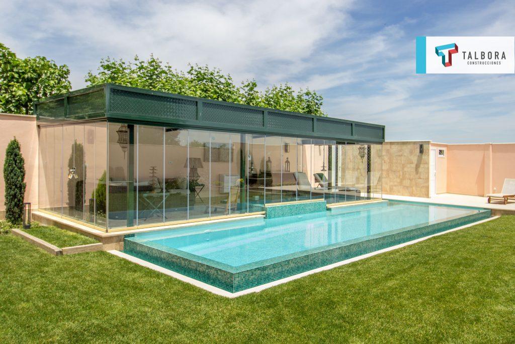 Talbora piscina con jacuzzi